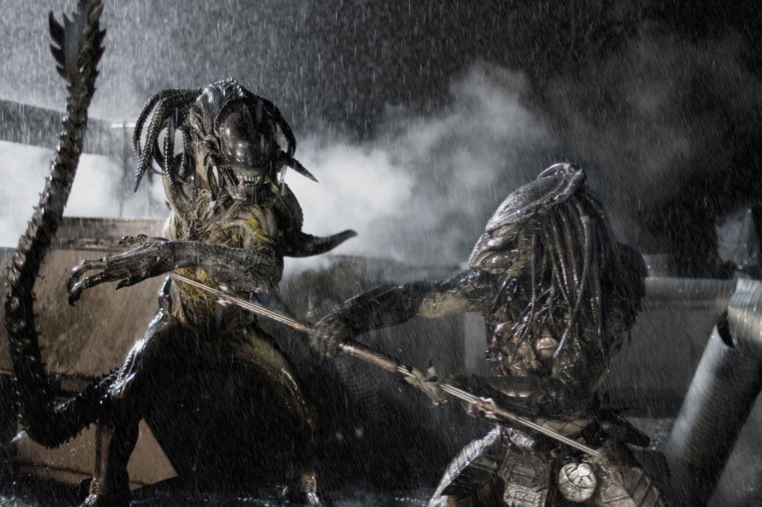 Alien vs. Predator - Plugged In
